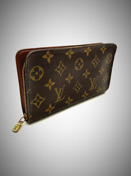 Louis Vuitton Zippy Long Wallet in Monogram Canvas