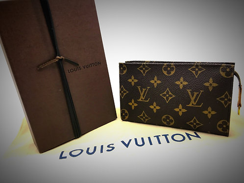 Louis Vuitton Cosmetic pouch with box and dustcover