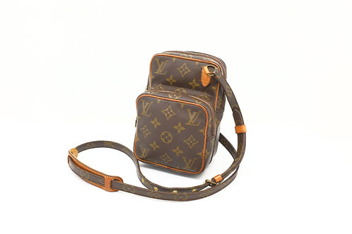 Buy beautiful pre owned Louise Vuitton Amazone shoulder bag