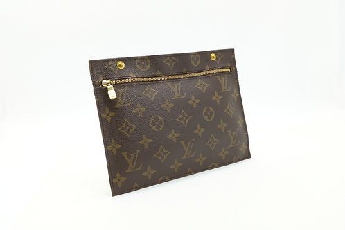 Louis Vuitton button snap pouch