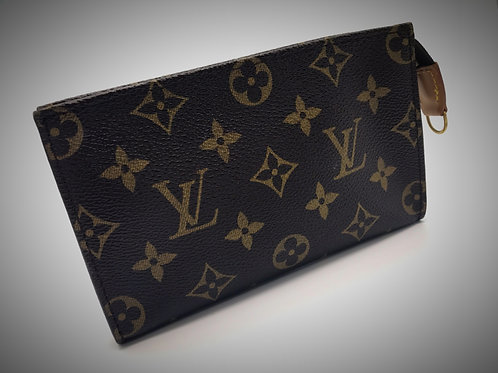Louis Vuitton Bucket Pouch PM in Monogram Canvas