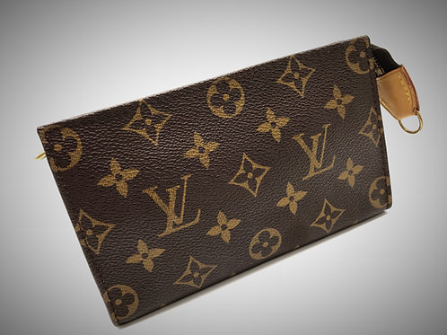 Louis Vuitton Toiletry pouch 17