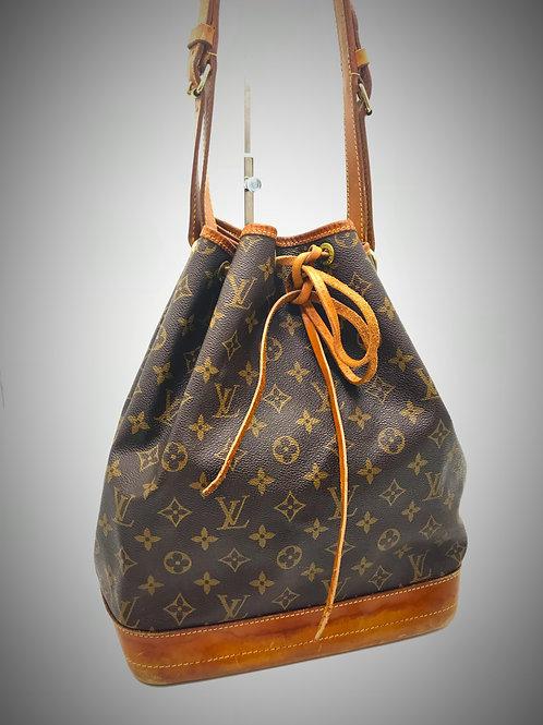 buy pre owned Louis Vuitton Noe monogram