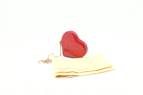 buy preloved authentic Louis Vuitton Heart Coin Case