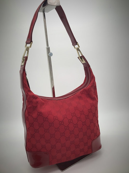 Gucci mini shoulder bag in red