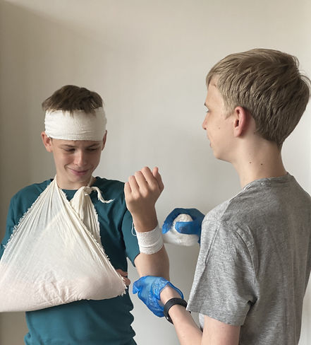 Teenager first aid and CPR classes