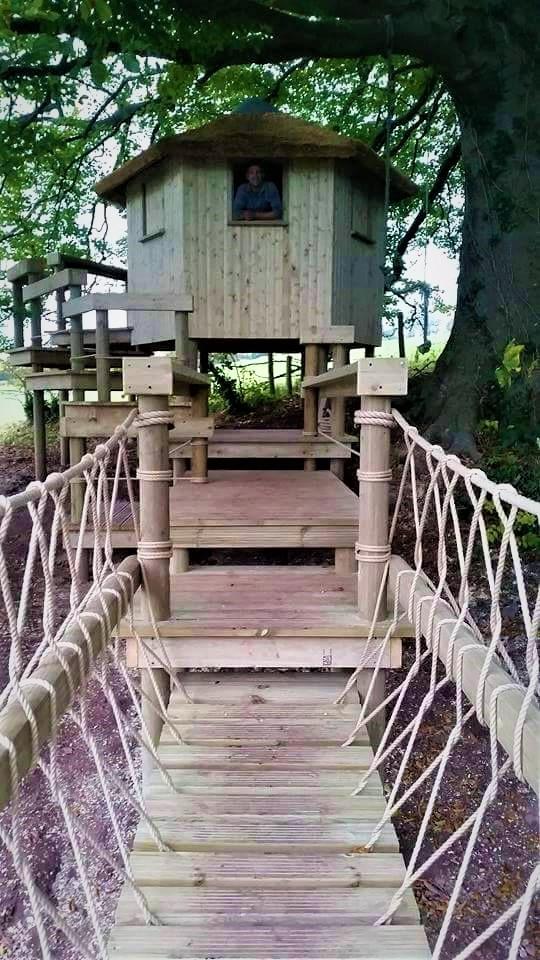 Treehouse Den