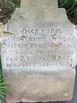 Closeup of Diana Conrad's gravestone.