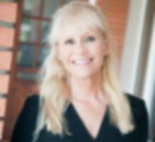 """alt=""""Dr David Lester DDS Julie Hibbard"""">"""