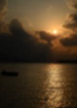 夕陽西下,旭日初升,人生滿希望