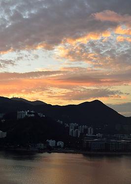 天空被打翻的天然顏料,染得七彩