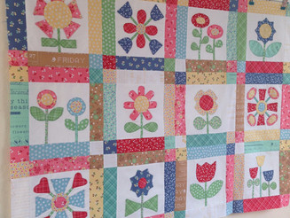 """Bloom Quilt"" sew-along by Bee In My Bonnet - update....."