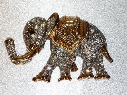 Elephant w/tassel saddle