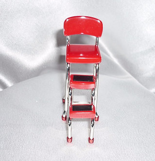 Retro Red Metal Step Stool