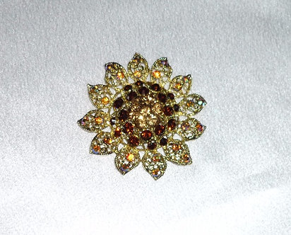 Yellow Gold & Topaz Flower