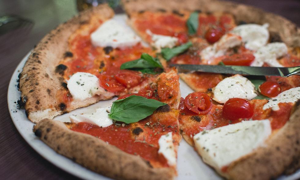 Tomaten, Mozzarella, Knoblauch, Oregano