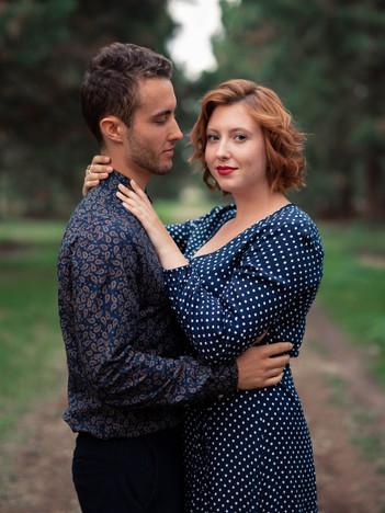 Séance de Couple au milieu des Séquoias
