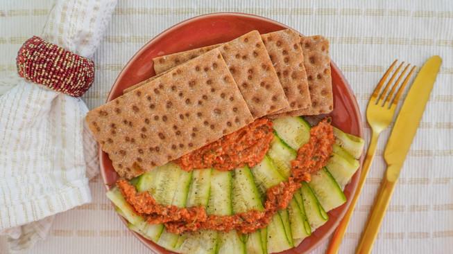 Carpaccio de Calabacín con Pesto de Pimiento