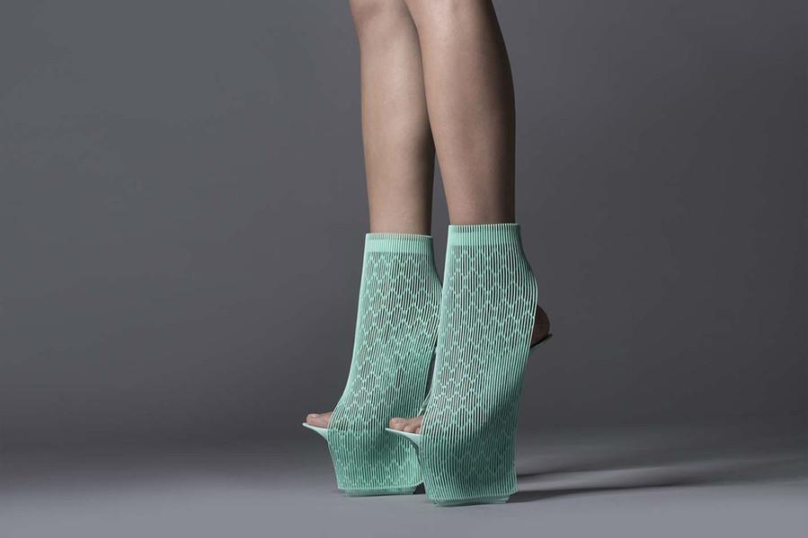 Arturo Tedeschi x Ross Lovegrove ILABO shoes (2015)