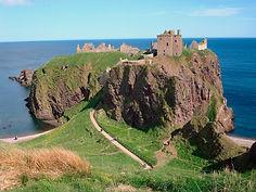 Dunnottar Castle Stonehaven.jpg