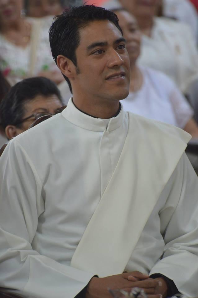 PADRE GERARDO ANGUIANO (13)
