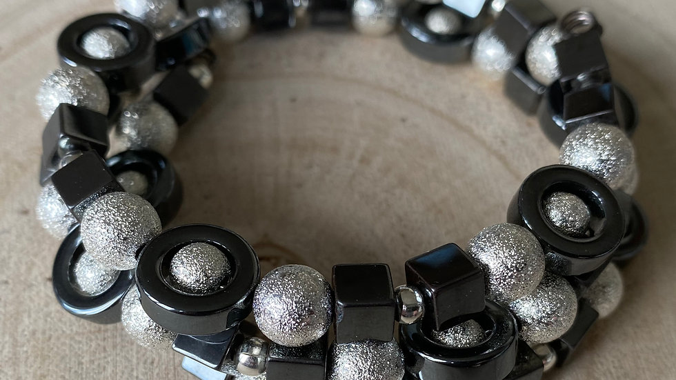 Chunky hematite and silver memory wire bracelet