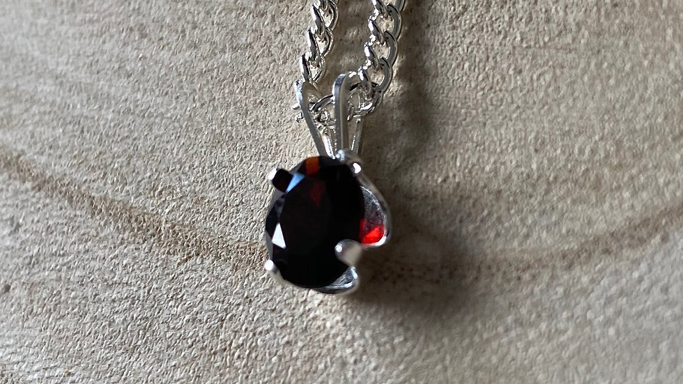 Sterling silver and garnet oval necklace