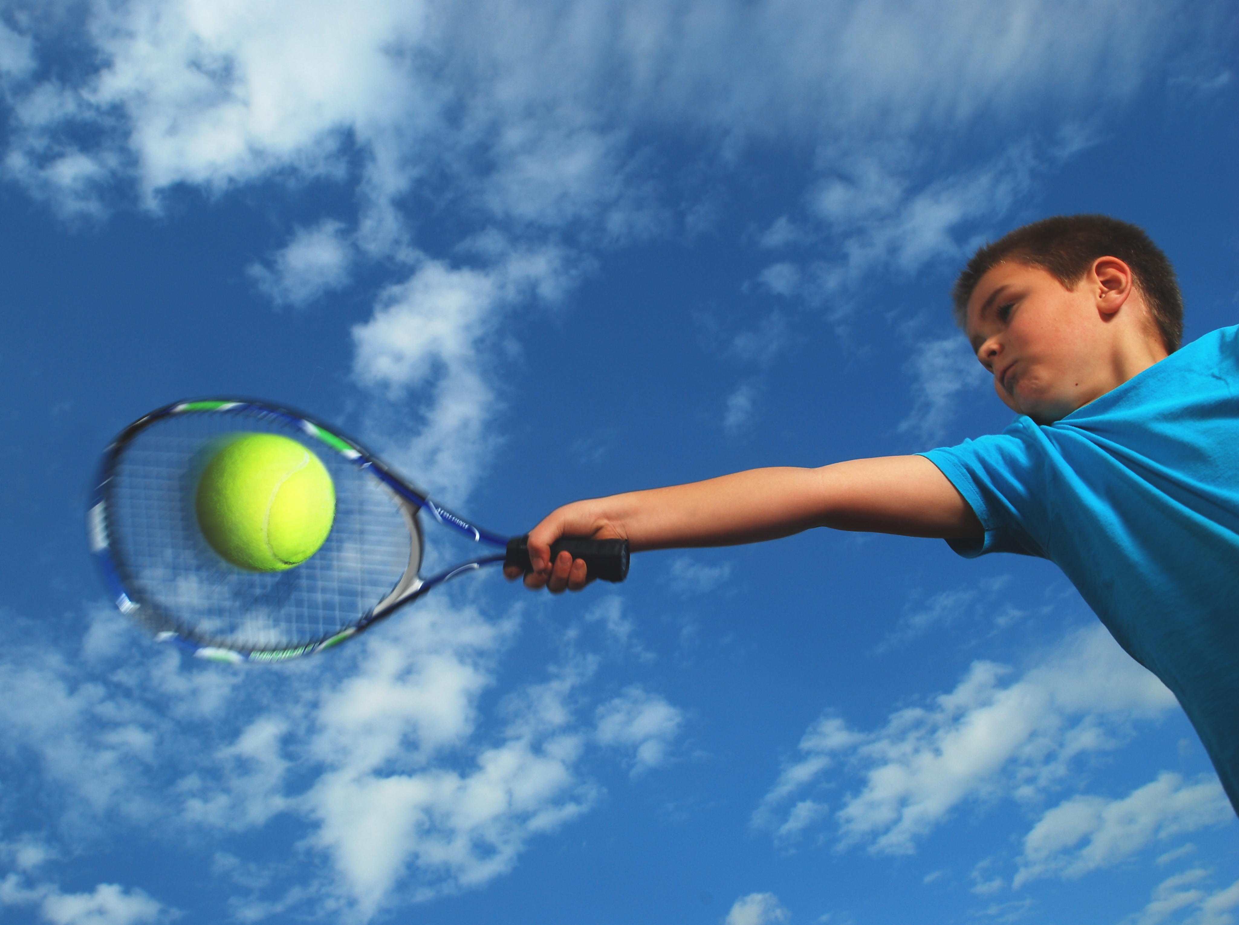 tennis boy cloud
