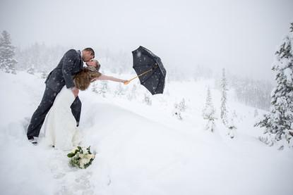 Veronica Sparks Photography | Colorado & Oregon wedding photographer | Colorado wedding photographer | Oregon wedding photographer | Mountain Wedding Photographer | Elope Colorado | Elope Oregon