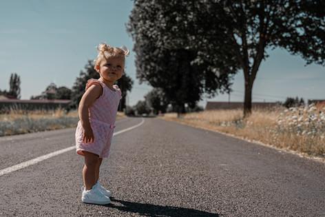 portrait enfant sur la route photographe marne chalons en champagne