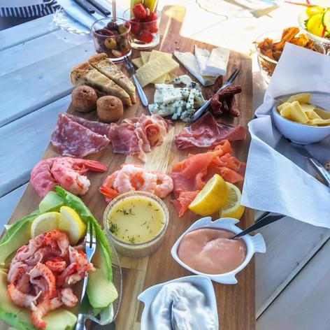 Mediterranean and Seafood Mix