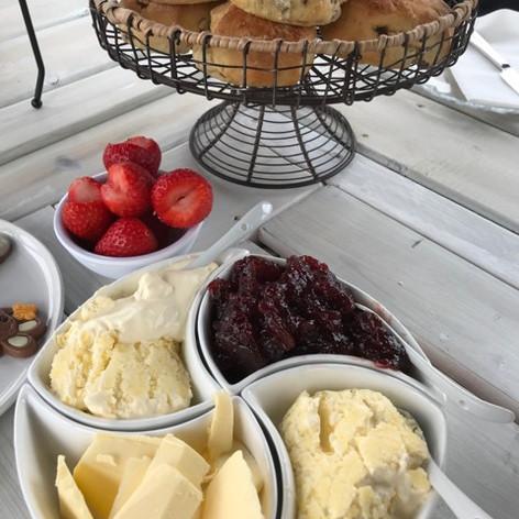 Cream Tea The Fizz Boat