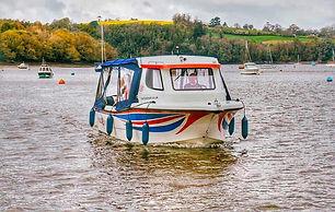 The Fizz Boat Exterior