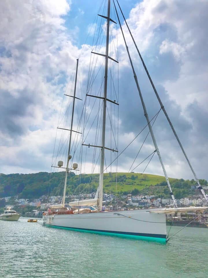 Sailing Super Yacht Kamaxitha