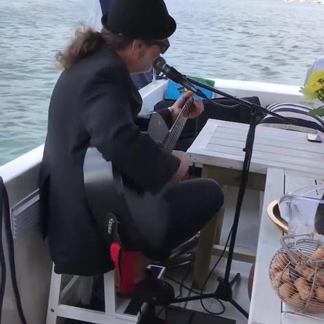 Nick The Fish The Fizz Boat - Dartmouth