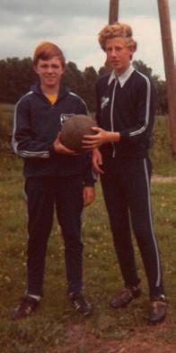 Jugendsprecher Johann Smit (auf dem Foto links als C-Jugendlicher im Jahre 1969; rechts Gerd Wesselink)