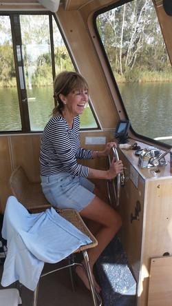 Being captain is fun -G2Y houseboats