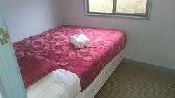 Main bedroom-G2Y houseboats
