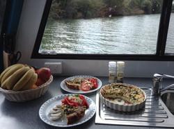 G2Y houseboats