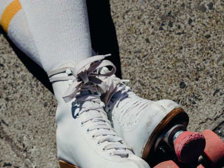 Girl Who Thinks She's Doing Porn Actually Just Joined Roller Derby Team