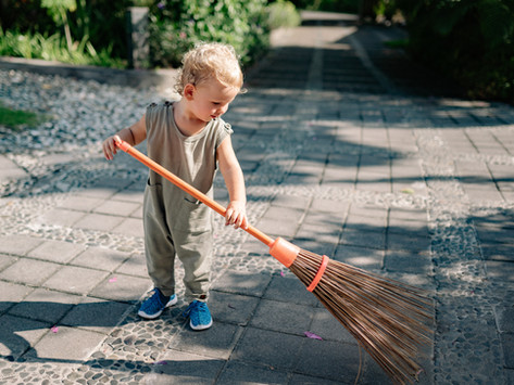 House Cleaning Hacks that Are Just Turning Your Children into Servants
