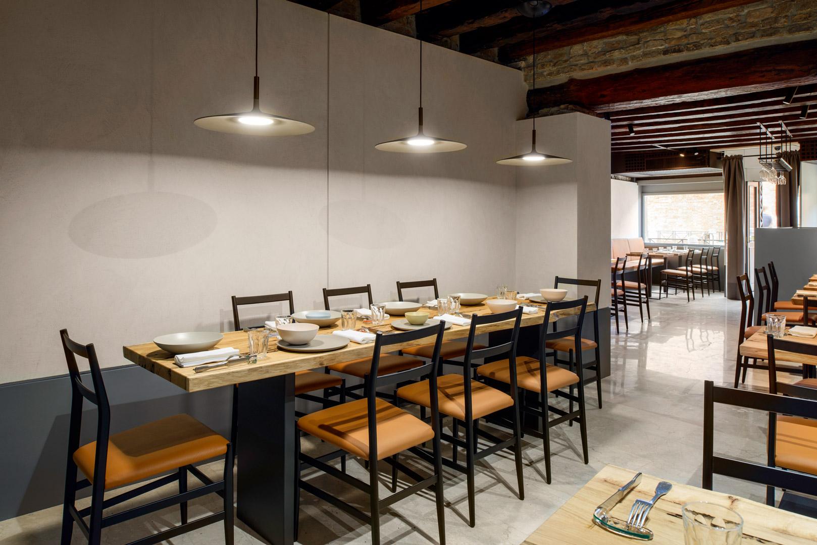 Restaurant Zanze XVI Featuring Aplomb -