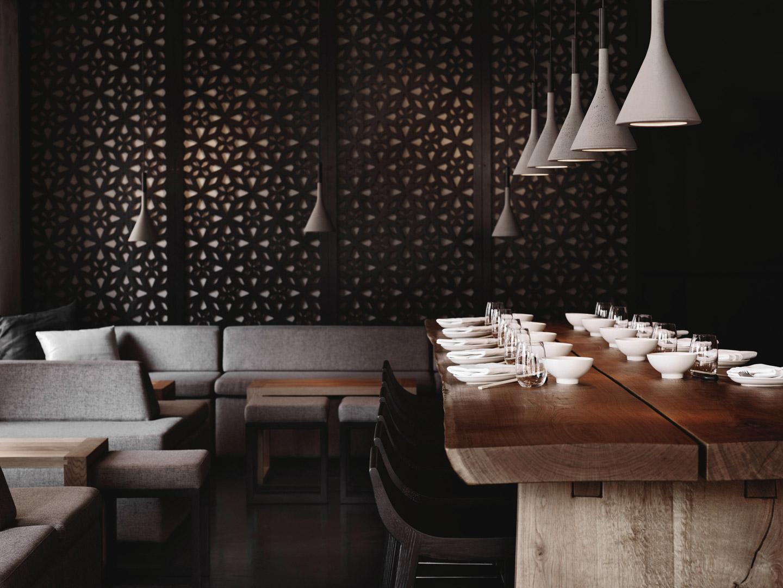 Restaurant Gaijin Featuring, Aplomb
