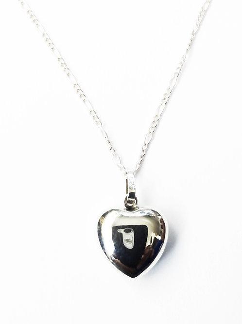 corazon bombeado liso mediano (no incluye cadena)
