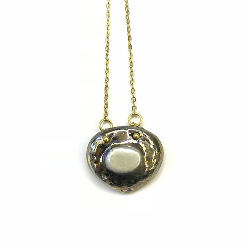 Teardrop Oval Pearl Layla Necklace