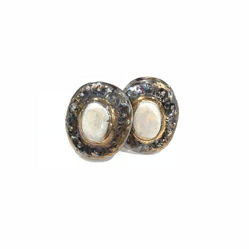 Oval Layla Earring Studs