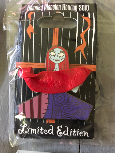 Nightmare before Christmas Sally Haunted Mansion Holiday Ribbon 2010 LE