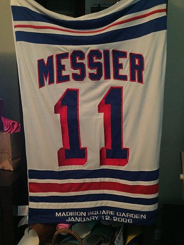 Mark Messier Retirement Night Banner