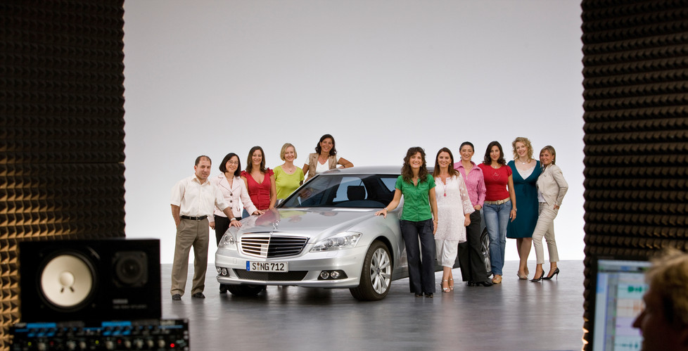 Pleasant voices for the S-Class