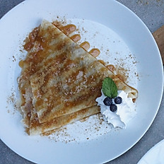 BLUEBERRY CHEESE CREPE
